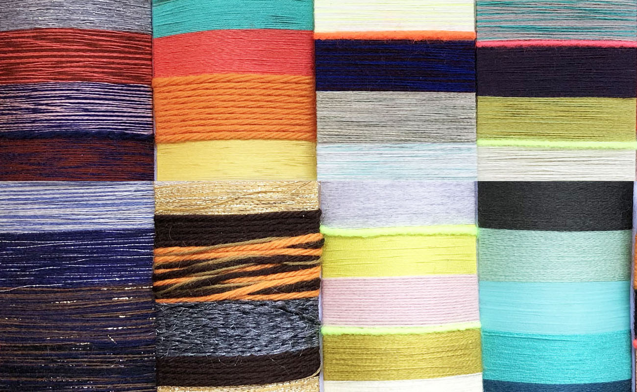 Wool and knitting in colors_2